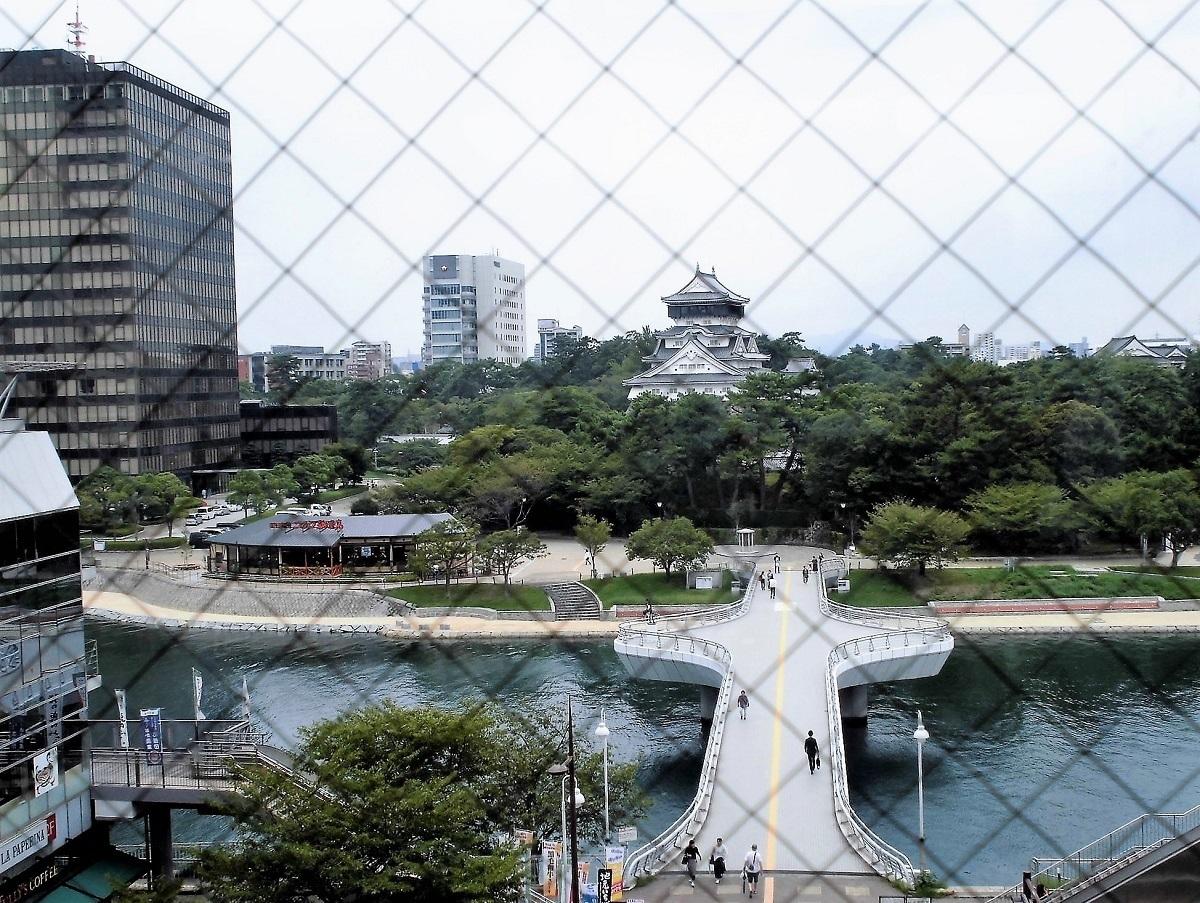 井筒屋から小倉城を見る.jpg