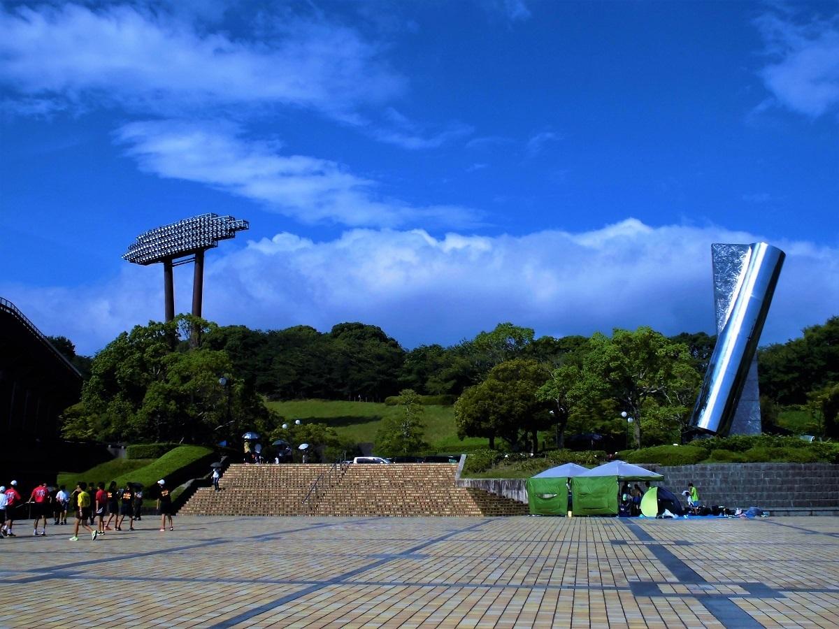 博多の森陸上競技場�@.jpg