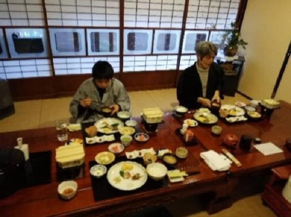 志津の宿朝食.jpg