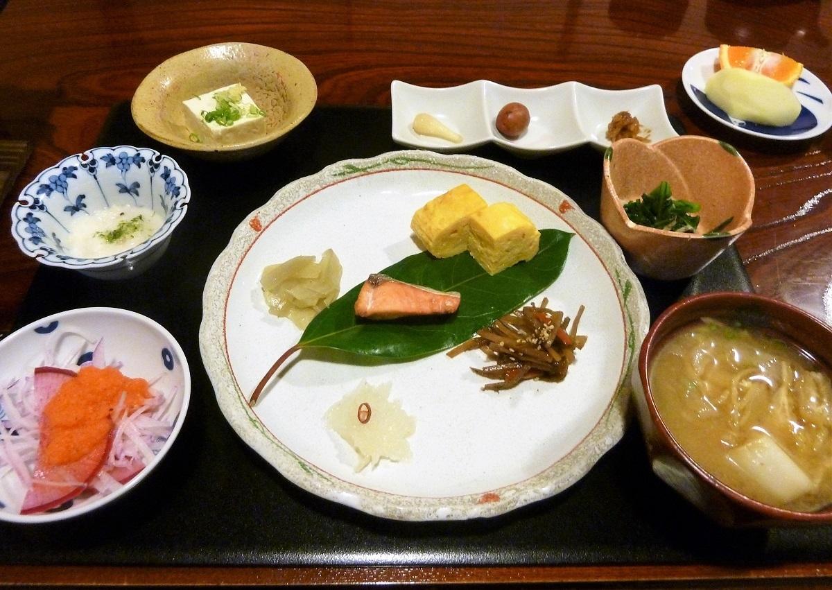 志津の宿朝食3.jpg
