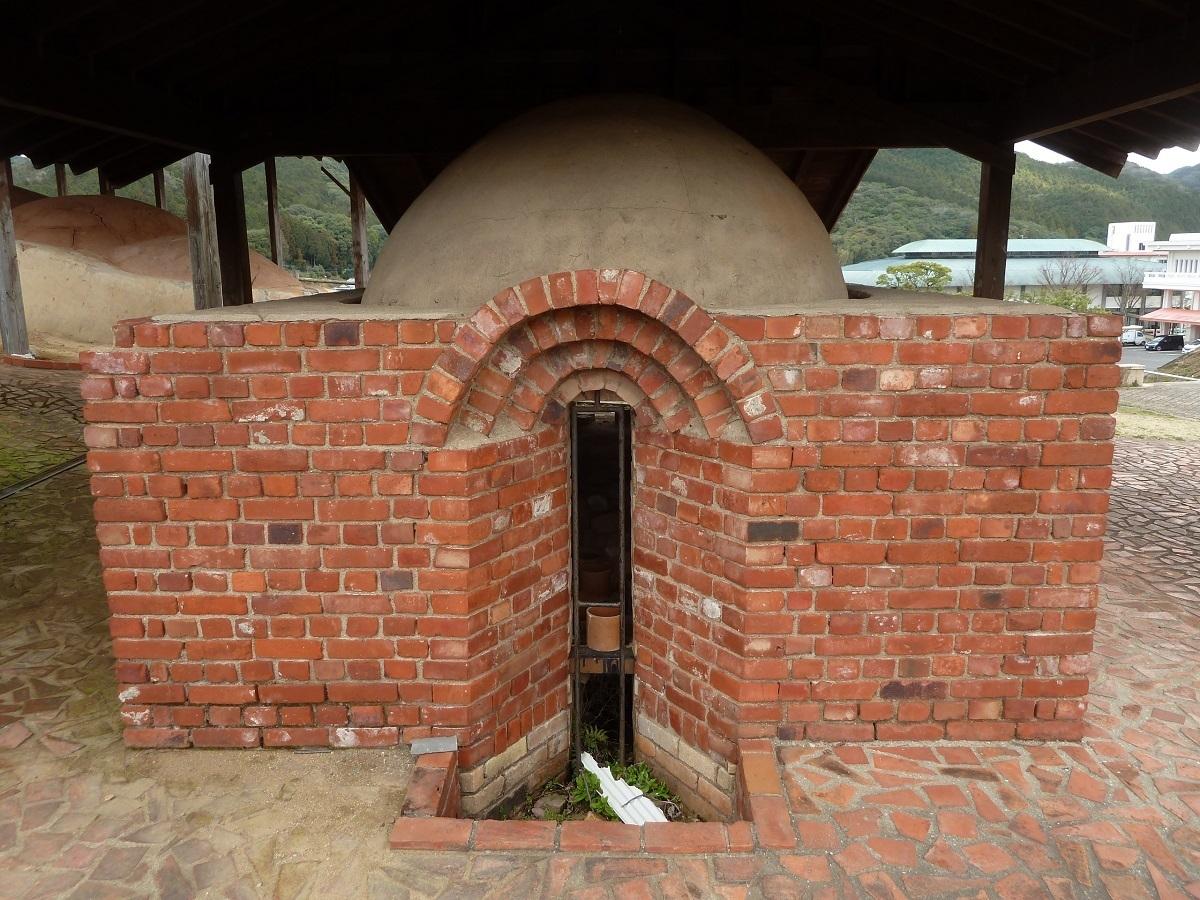 景徳鎮の薪窯(1).jpg