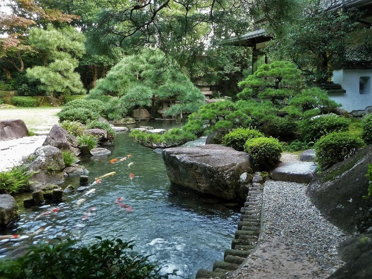 松田屋ホテル 庭園.jpg