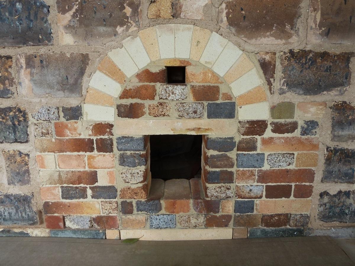 角型石炭窯 (2).jpg