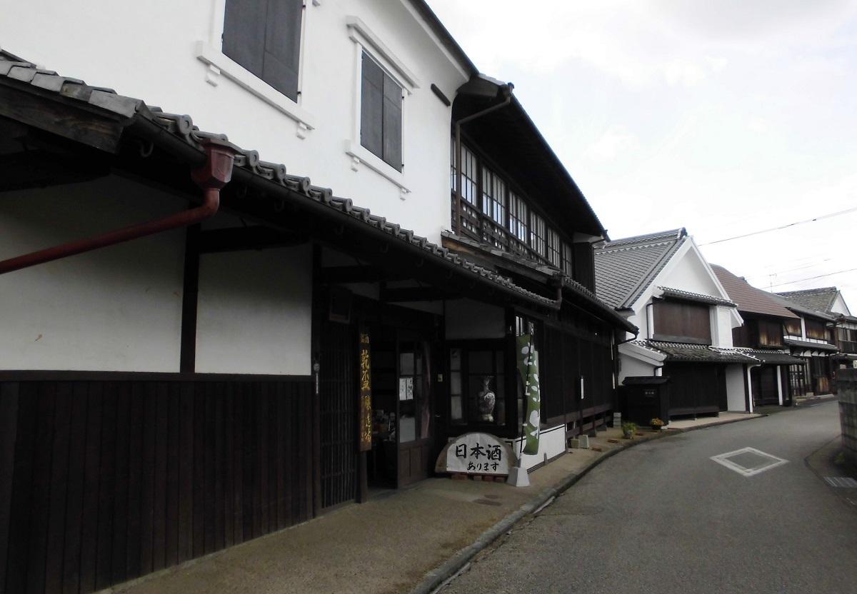 酒蔵通り�D.JPG