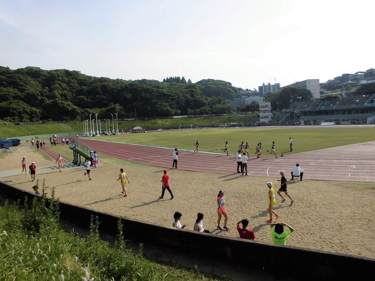 鞘ヶ谷陸上競技場201906.jpg