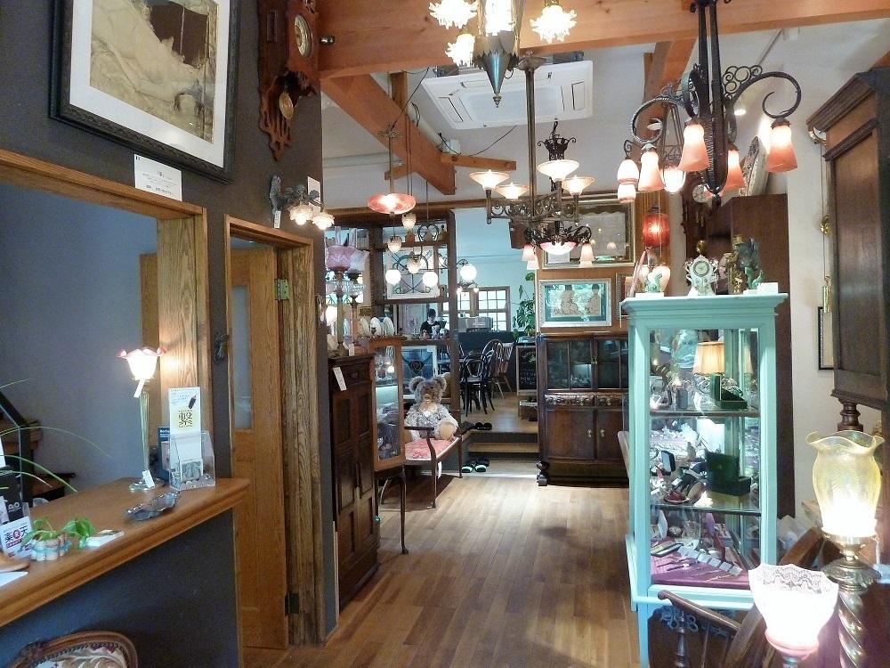 antiques & oldies2.jpg
